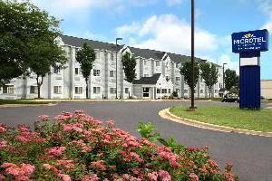 Hotel Microtel Inn & Suites