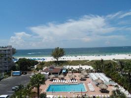 Hotel Howard Johnson St Petersburg Beach Resort
