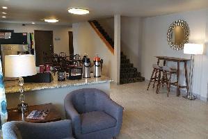 Hotel Sandhill Inn & Suites