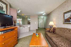 Hotel Everspring Inn & Suites