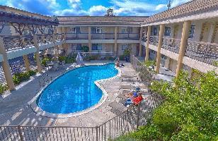Hotel Redwood Creek Inn