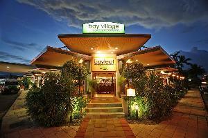 Hotel Bay Village Tropical Retreat & Apartments