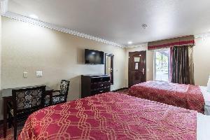 Hotel Econo Lodge Inn & Suites Escondido Downtown