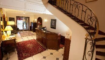 Hotel Ermitage De Corton