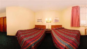 Hotel American Inn & Suites