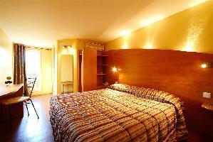 Brit Hotel Avignon Sud