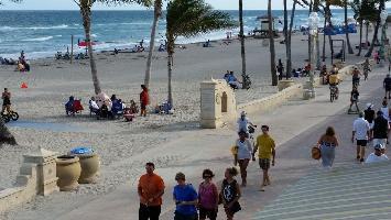 Hotel La Terrace Oceanfront