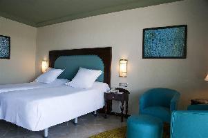 Hotel Oriental Bay Beach Golf & Spa