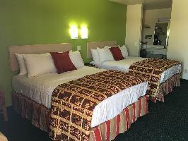 Hotel California Inn & Suites