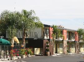 Hotel Days Inn & Suites Lodi