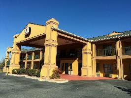 Hotel Peach State Inn & Suites