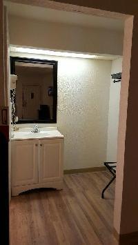 Hotel Tricove Inn & Suites