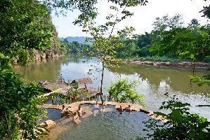 Hotel Hintok River Camp @ Hellfire Pass