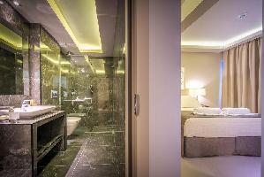Hotel Azure Resort & Spa