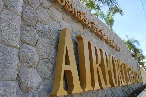 Hotel Airport Resort & Spa