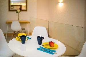 Hotel Singular Hostel By Eurotels