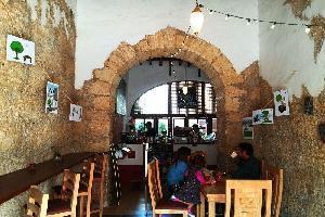 Hotel Amatle Cafe Organico & Hostal