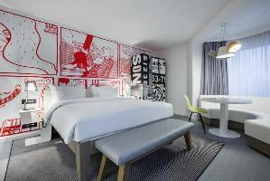 Radisson Red Hotel, Brussels
