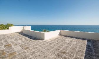 Seafront Villa Tvl 40