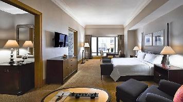 Hotel The Ritz-carlton Jakarta, Mega Kuningan