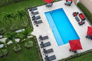 Hotel Courtyard Panama Metromall