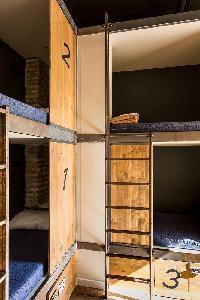 Hotel Black Swan Hostel Sevilla