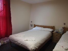 Earls Court Gardens Hotel - Guest House