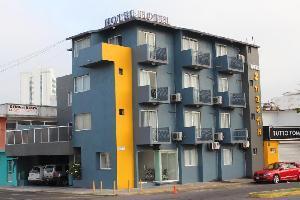 Hotel Y Suites Bausan