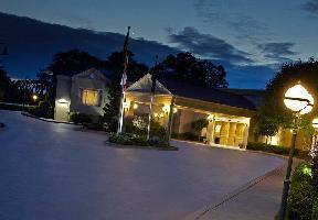 The Del Monte Lodge Renaissance Rochester Hotel Spa