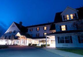 Hotel Courtyard Middlebury