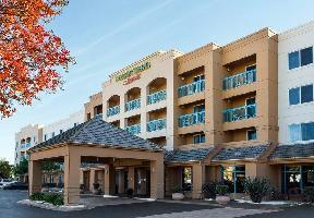 Hotel Courtyard Pleasant Hill