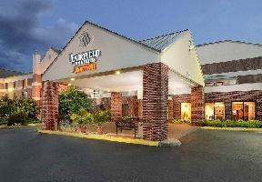 Hotel Fairfield Inn Suites Charlottesville North