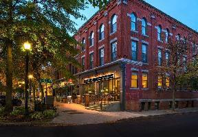 Hotel Fairfield Inn Suites Keene Downtown