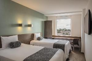 Hotel One Puebla Serdan