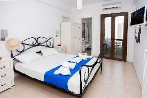 Hotel Depis Place & Apartments