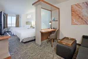 Hotel Springhill Suites Wichita East At Plazzio