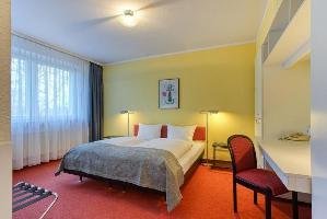 Hotel Elbotel Rostock By Centro
