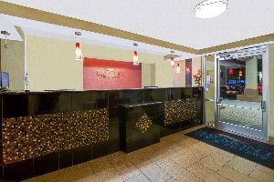 Hotel Baymont By Wyndham Charlotte Airport / I 85 North