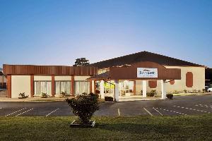 Hotel Baymont By Wyndham Little Rock