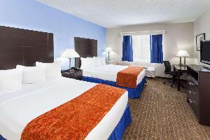 Hotel Baymont By Wyndham, Mundelein Libertyville Area