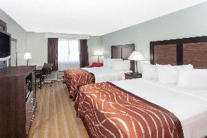Hotel Baymont By Wyndham Grand Haven