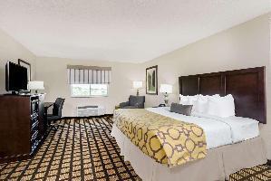 Hotel Baymont By Wyndham Erie