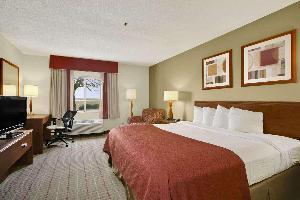 Hotel Baymont By Wyndham Evansville North/haubstadt