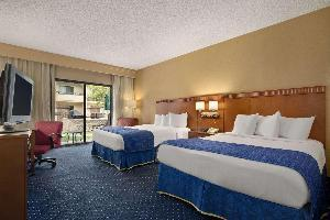 Hotel Baymont By Wyndham Columbia Northwest