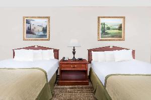 Hotel Baymont By Wyndham Eden