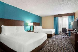 Hotel Baymont By Wyndham Evansville East