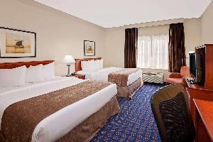Hotel Baymont By Wyndham Grand Rapids Sw/byron Center
