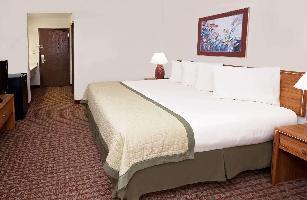 Hotel Baymont By Wyndham St. Joseph/stevensville