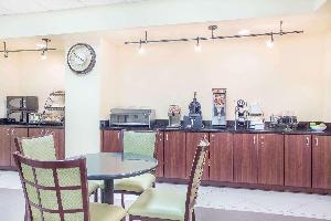 Hotel Baymont By Wyndham, Augusta West