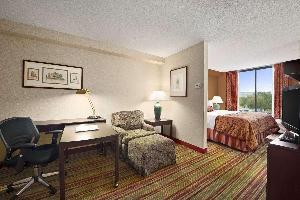 Hotel Ramada Suites Orlando Airport